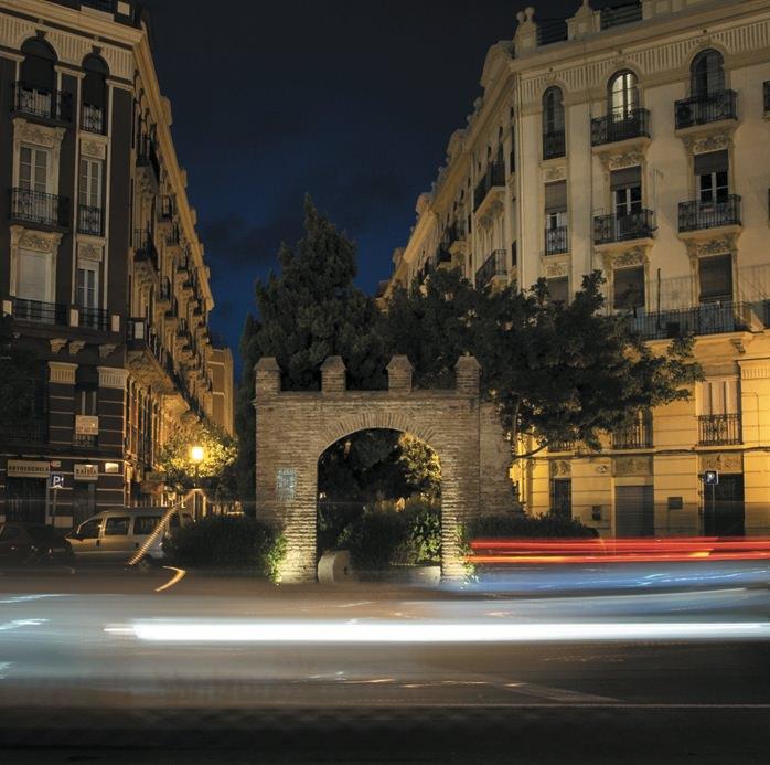 Arco de tendetes, del libro Valencia insólita, de Roberto Tortosa. Imagen cortesía del autor.