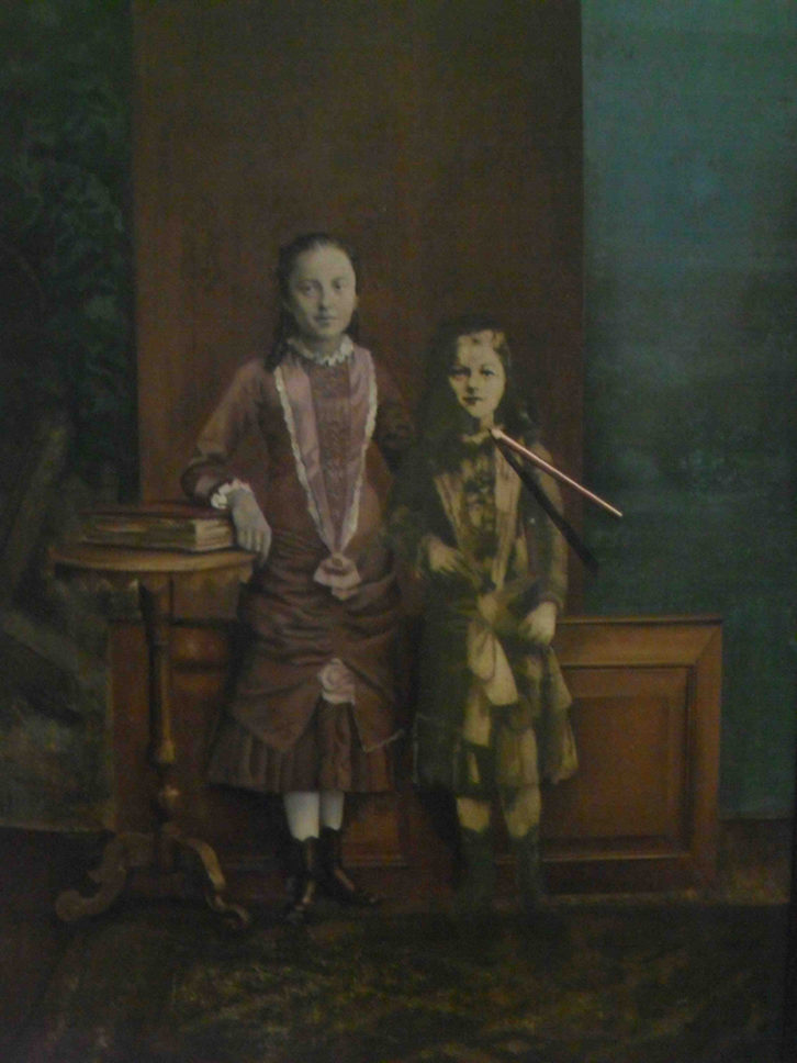 Obra de Eva Mus por los 40 años de la Galería Cánem en el Centro del Carmen.