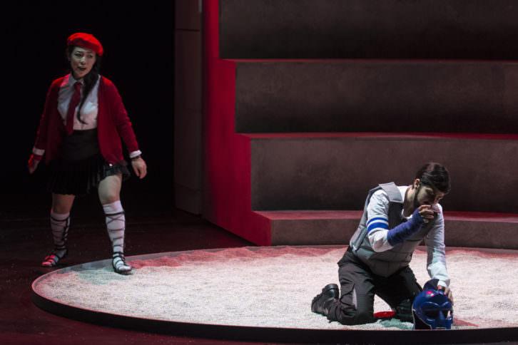 Escena de la ópera Silla. Fotografía de Tato Baeza por cortesía de Les Arts.
