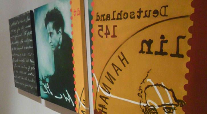 Imagen de la exposición 'El incendio y la palabra', de Mery Sales, en La Nau de la Universitat de València.