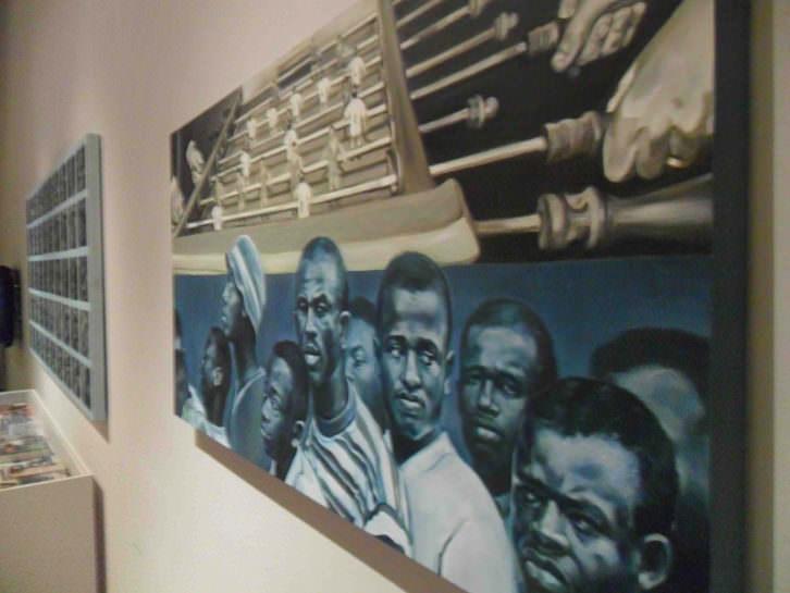 Imagen de la exposición 'El incendio y la palabra', de Mery Sales, en La Nau de la Universitat de Valéncia.