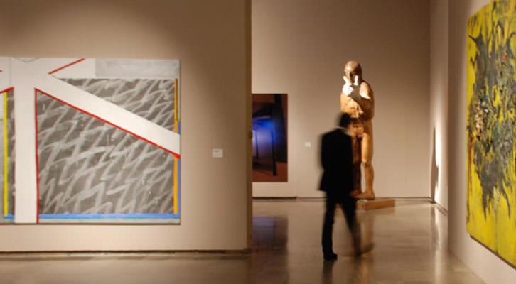 Imagen de la exposición de la Colección Aena en el Centro del Carmen.