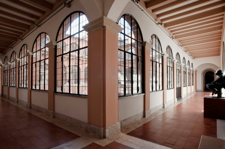 Vista interior de la Academia de España en Roma extraída de su web.