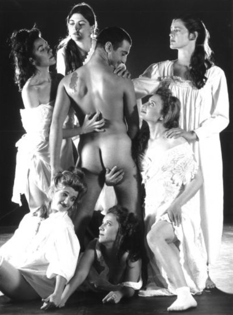 Escena de 'Les dones de Sade', de Pep Sanchis. Imagen cortesía de La Nau.