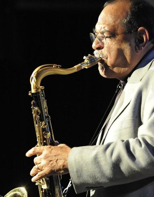 El saxofonista Ernie Watts. Imagen cortesía de Jimmy Glass.