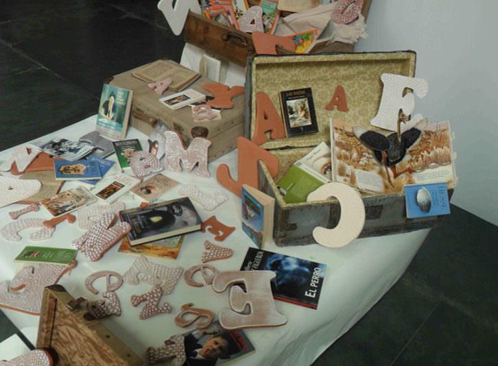Instalación de Sofía Porcar en la muestra 'Once upon a time', en el MuVIM.