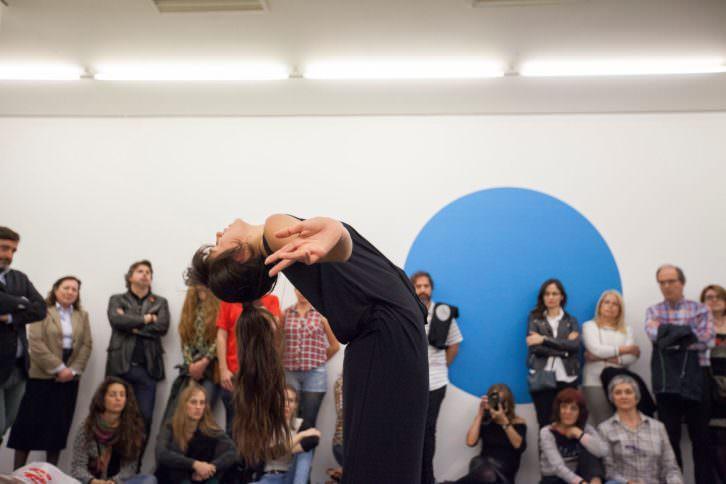Un momento de la performance. Fotografía: Nacho López.