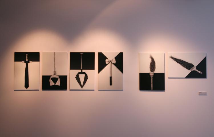 """Detalle de la exposición. """"Apariencias Errantes"""" de Román Iglesias. 75 x 100 cm 2016. Cortesía del Museum"""