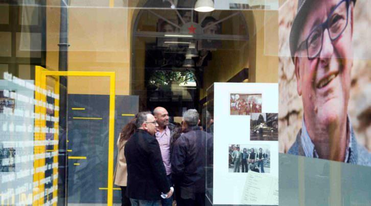 Vista de la exposición Arribes o te'n vas? Fotografía de Raquel Abulaila por cortesía del Museu Valencià d'Etnologia.