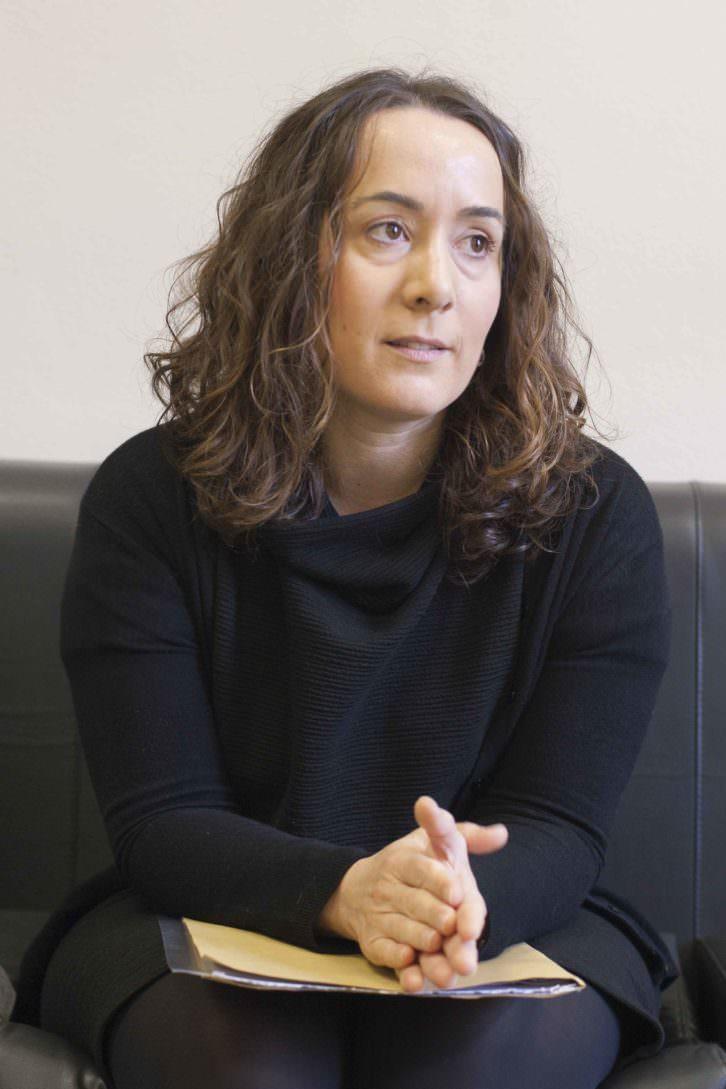 Gloria Tello, durante un instante de la entrevista. Fotografía: Fernando Ruiz.