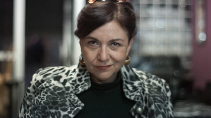 Amparo Ferrer Báguena en 'La más fuerte', de Bramant Teatre. Imagen del video de Escaparate Visual.