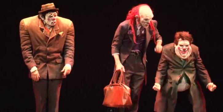 Escena de 'The Gagfather', de Yllana, en Espai Rambleta.