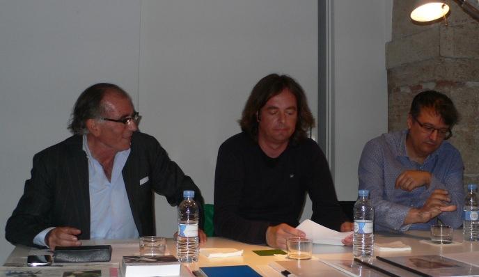 José Vicente Santaemilia, Sergio Ros y Juan Fuster durante la conferencia. Foto Sansón Carrasco.