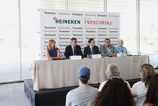 Un instante de la rueda de prensa en Veles e Vents. Fotografía cortesía de la organización.