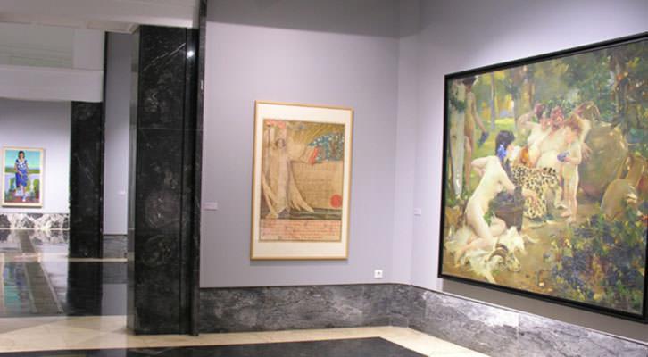 Vista general de la exposición en Sala de Exposiciones del Ayuntamiento.
