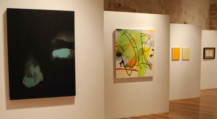 Vista de la exposición 'Vanidades, intelecto y espiritualidad'. Imagen cortesía del Centro del Carmen.
