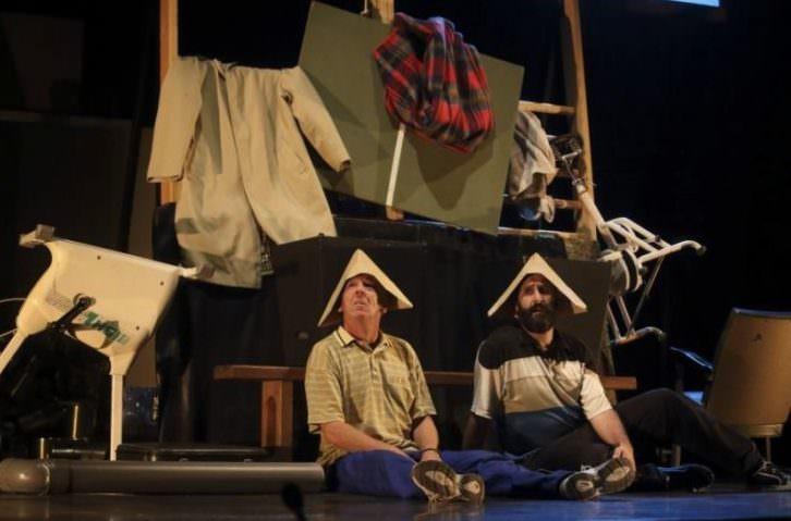 Cualquiera que nos viera, de Zanguango Teatro. Premio del Público al Mejor Espectáculo Nacional de Sala Russafa.