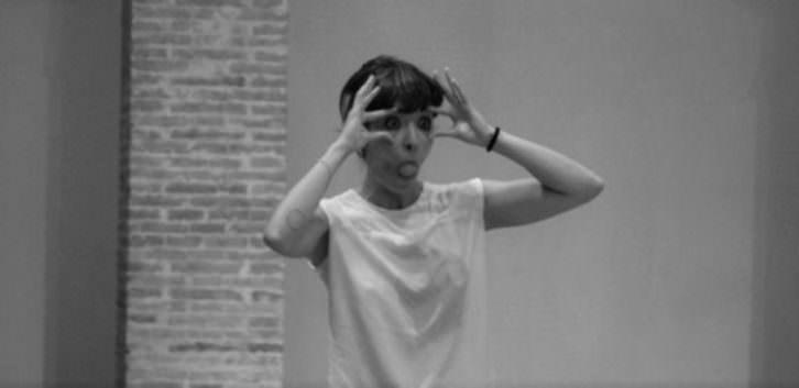 Performance 'Ou' de Isabel G. Mondragon. Fotografía de Raquel Andrade