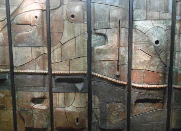 Obra de Arcadio Blasco. Museo Nacional de Cerámica González Martí.