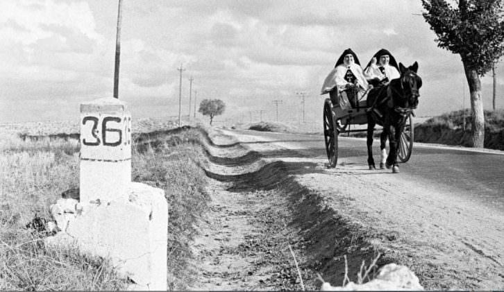Monjas viajeras, de Carlos Saura, en 'Ni cautivos ni desarmados'. Centre Cultural La Nau.