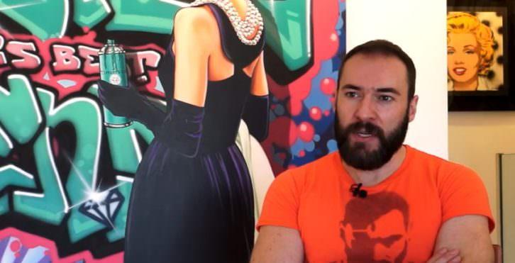 Antonio de Felipe. Imagen tomada del video realizado por Carles Claver y Josevi Marco con motivo de su exposición en la galería Thema de Valencia.