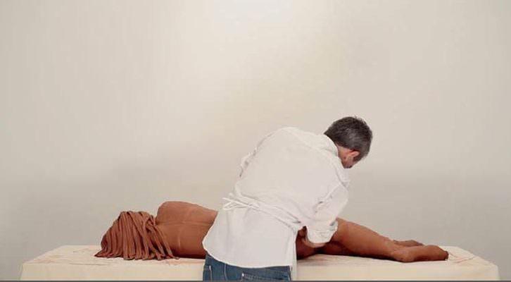 Fotograma del vídeo 'La piel', de Vicente Talens, perteneciente a 'Desaparición'. Fotografía cortesía de la galería.