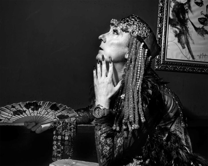 Natacha Rampova, en una imagen perteneciente al proyecto 'Las ahijadas', de William James. Fotografía: Almudena Soullard.