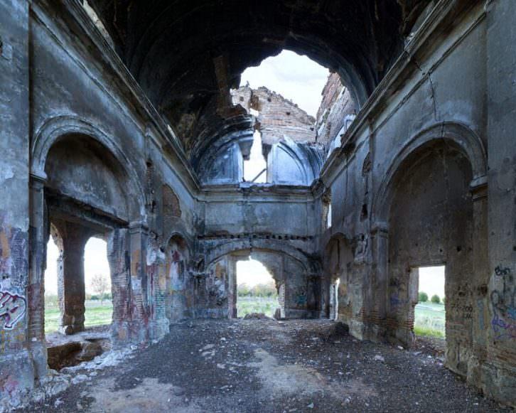Ermita de Polvoranca, de Óscar Carrasco. Galería Luis Adelantado. Imagen cortesía de LaVAC.