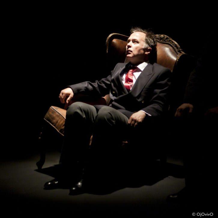 Luis Bermejo, como Juan Carlos I, durante un instante de 'El Rey'. Fotografía cortesía de la compañía.