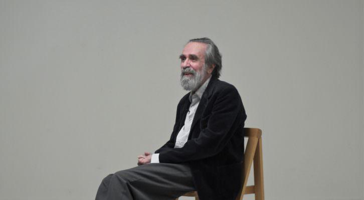 Isidoro Valcárcel durante un instante del documental 'No escribiré arte con mayúscula', que será proyectado durante 'La situación 2016 arte por-venir'. Fotografía cortesía de los organizadores.