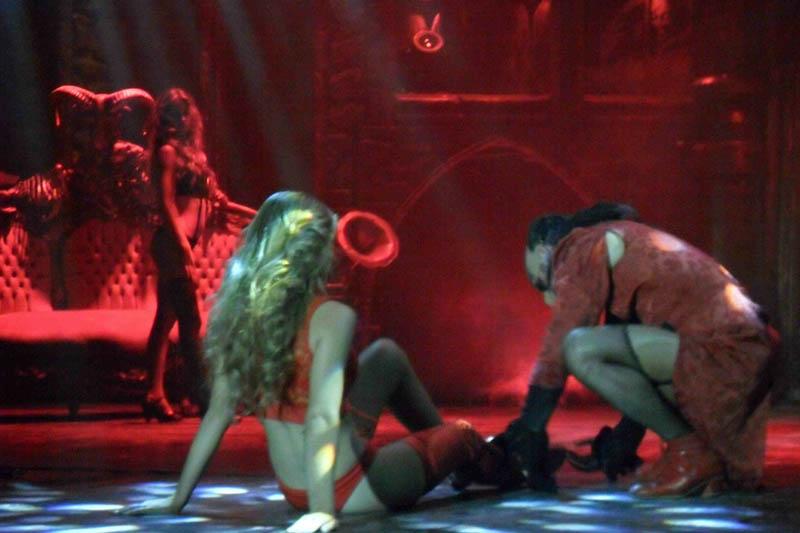 Escena de Cabaret Maldito.