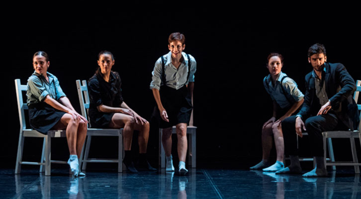 Escena de El cant del cos. Imagen cortesía de Teatres de la Generalitat.