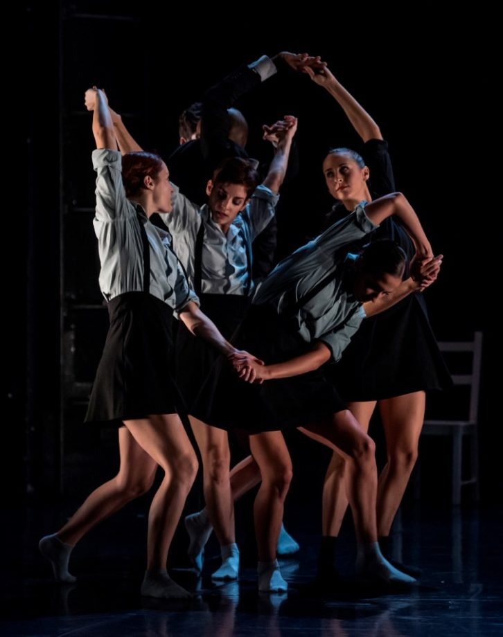Escena de 'El cant del cos', de Amaury Lebrun. Imagen cortesía de Teatres de la Generalitat.