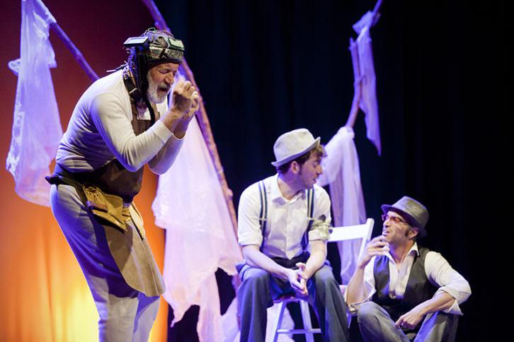 Esperando a Godot, de La Nuca Teatro. Imagen cortesía de Sala Russafa.