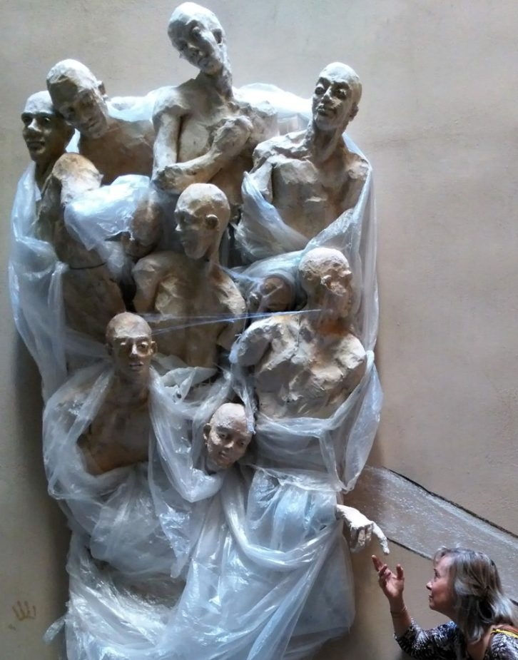 Niños del Mundo, de María Gómez. Imagen cortesía de la autora.