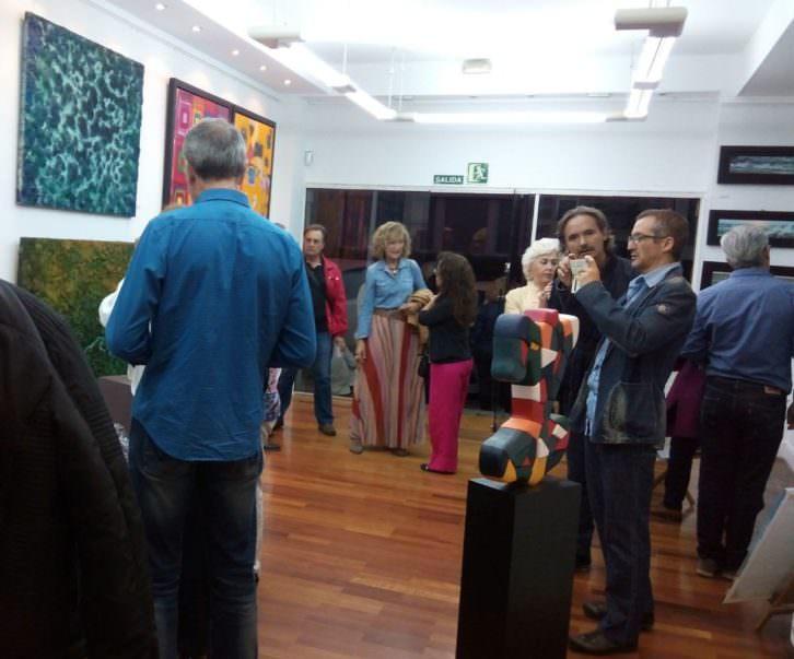 Inauguración de 'Sendas' en la galería Fariza. Fotografía: Danae N.
