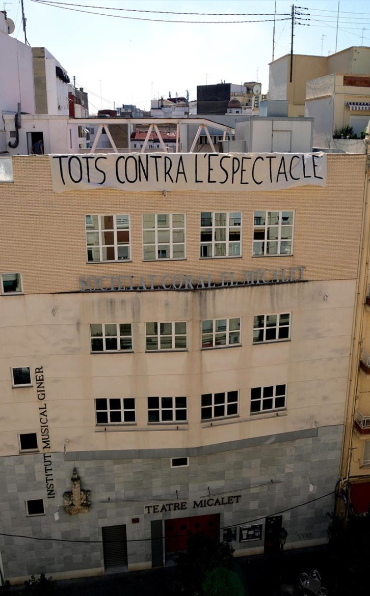 Tots Contra l'Espectacle. Imagen cortesía de Teatre Micalet.
