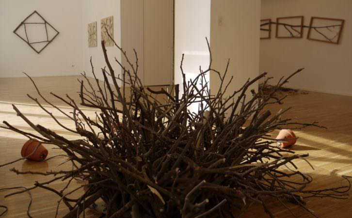 Escultura de Bob Verschueren en la galería Fondo Arte, de Ana Serratosa. Imagen cortesía de la galerista.