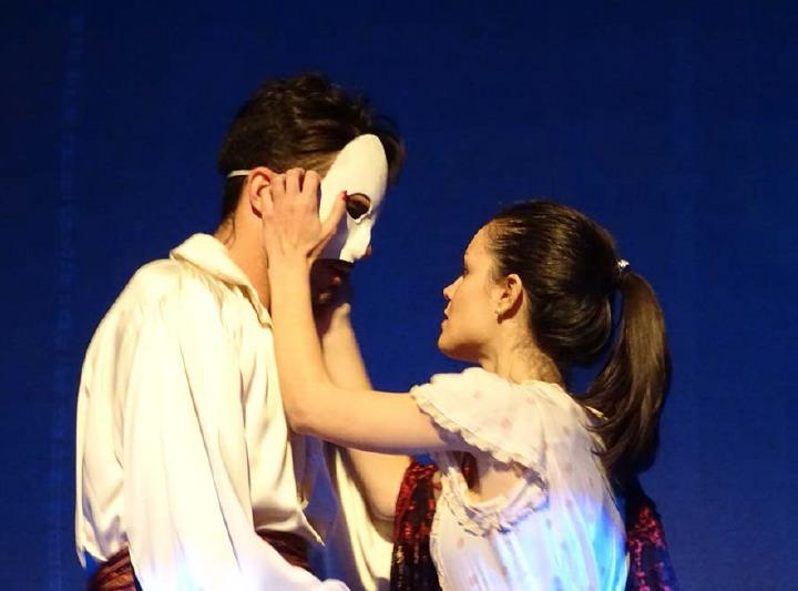 Melodías del Fantasma de la Ópera, de Jose Sáiz. Imagen cortesía de Teatro Flumen.