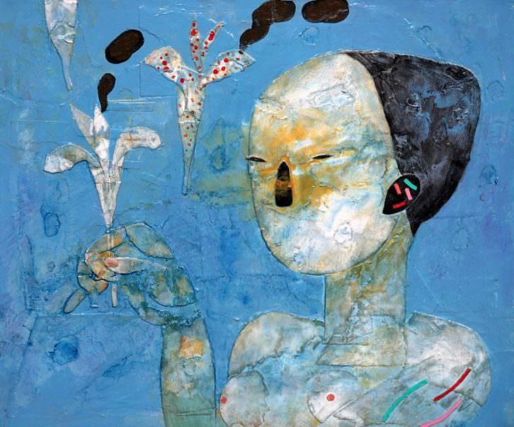 Mujer con flor humeante, de Horacio Silva. Imagen cortesía de Shiras Galería.