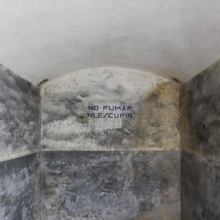Refugio antiaéreo descubierto durante la rehabilitación de Bombas Gens. Fotografía de Daniel Rueda.