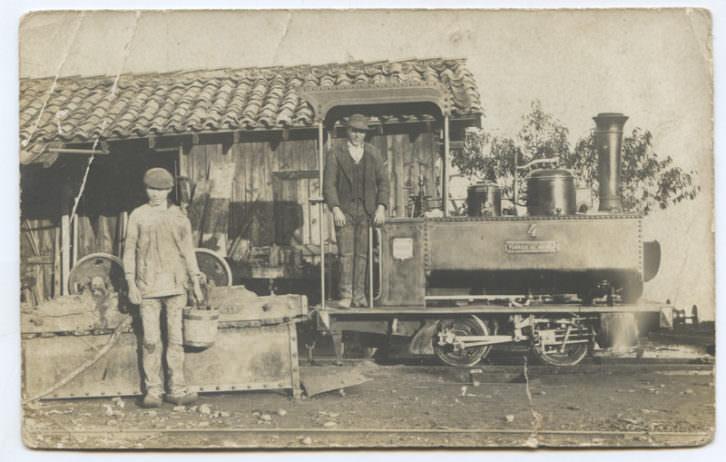 Una de las instantáneas que forman parte del fondo del Centro de Documentación del Museo del Ferrocarril de Asturias. Fotografía cortesía de la Fundación Municipal de Cultura de Gijón.