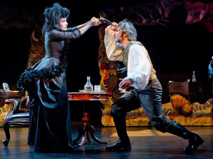 Escena de 'Atchúusss!!!'. Imagen cortesía de Teatro Olympia.