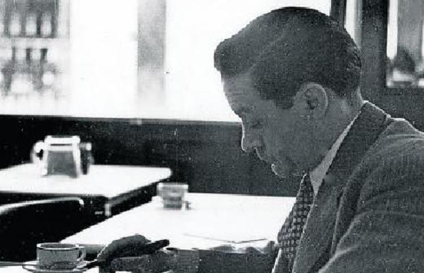Enrique Jardiel Poncela escribe sobre el marmolado de uno de sus habituales Cafés de referencia.