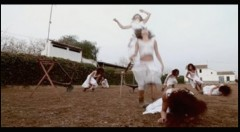Un instante del Experimental Video Danza 'Caer', de Ana Pérez. Fotografía cortesía de Felicia Puerta.