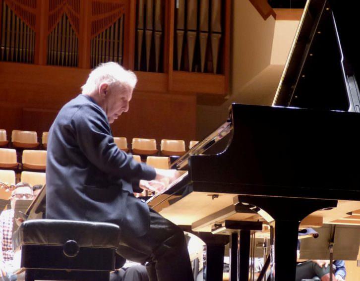 Daniel Barenboim al piano. Imagen cortesía del Palau de la Música.
