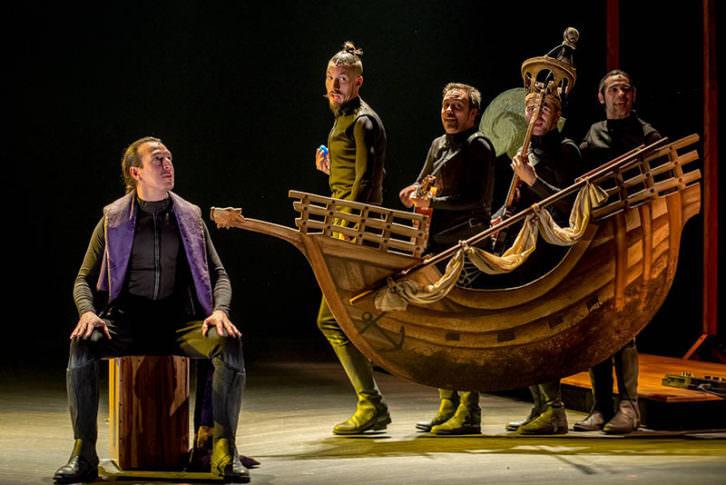 Cervantina, de Ron Lalá, Fotografía de David Ruiz cortesía de Teatro Talía.