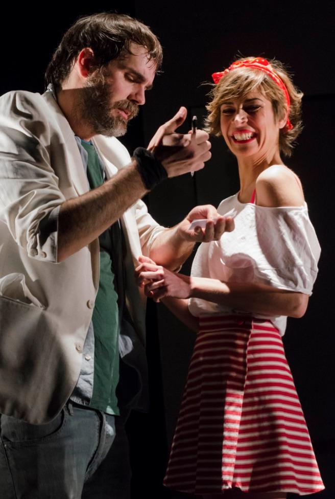 Héctor Fuster y Vanessa Cano en Trio. Imagen cortesía de Teatre Rialto.