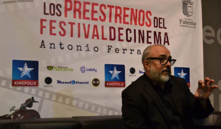 Álex de la Iglesia durante la presentación de su película en los Cines Kinépolis. Fotografía: Javier Caro.