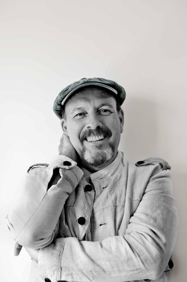 Javier Ruibal. Imagen cortesía de Sala Russafa.